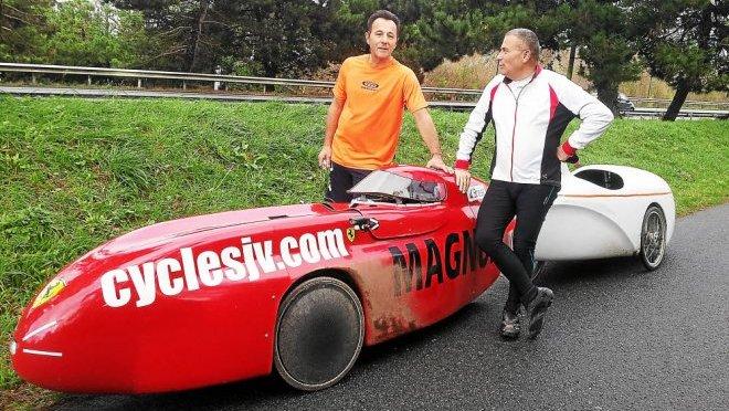 Jacques et jean bernard pratiquent le velomobile